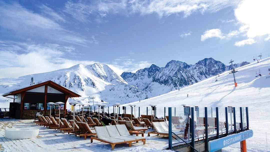 El despacho de Abogados Andorra está especializado en el ámbito mercantil y público sobre todo en Derecho Administrativo
